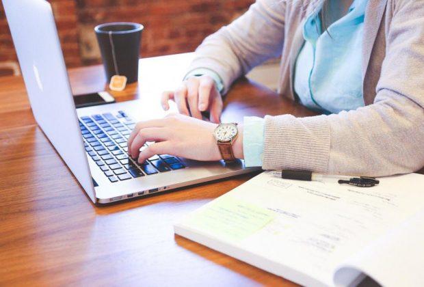 Cas contact : vous pouvez demander votre arrêt de travail en ligne